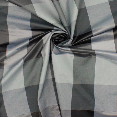 Tissu vestimentaire à carreaux gris et noir