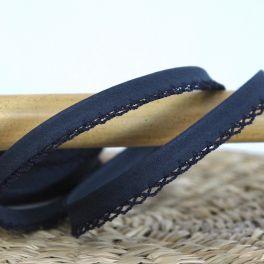 Finishing bias binding with lace - navy blue