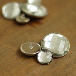 Boutons aspect métal argenté et verre
