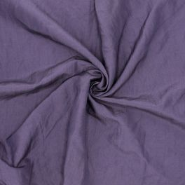 Tissu vestimentaire mauve