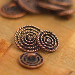 Bouton fantaisie en métal cuivré rouge