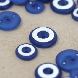 Round resin button - blue and pearly white