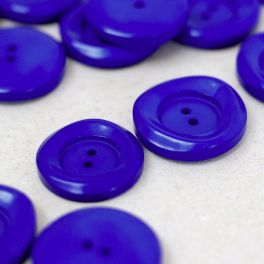 Resin button - ultramarine blue