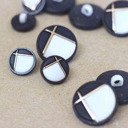 Button with metal aspect - gold and black