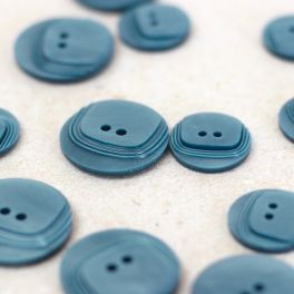 Round vintage resin button - blue