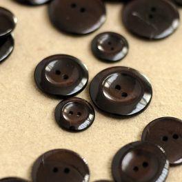 Resin button - brown