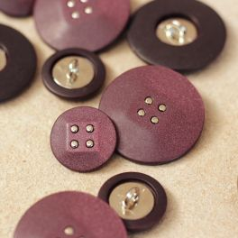 Resin button - burgondy