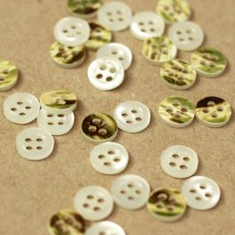 Resin button - green and pearly white