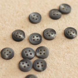 Resin button 4 holes - grey