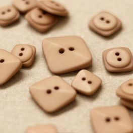 Square button - sepia