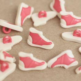 Sneaker button - white and fuchsia