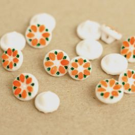 Resin button with flower - orange and white