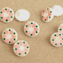 Resin button with flower - pink and white