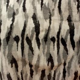 Fausse fourrure à poils courts à motifs géométriques noir, gris et blanc