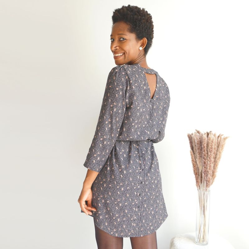 Woman's pattern blouse or dress Tiga