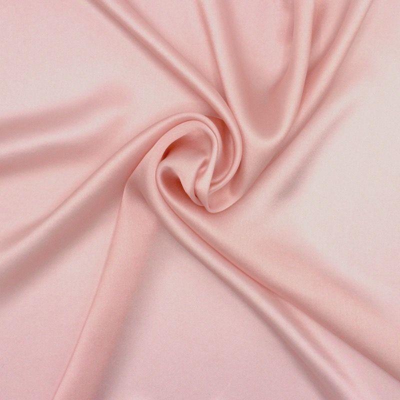 Tissu crêpe envers satin rose