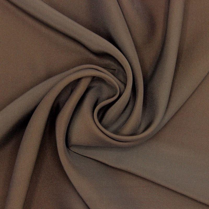 Tissu crêpe envers satin brun