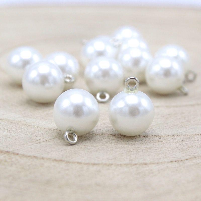 Bouton fantaisie avec perle fine