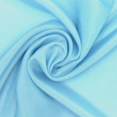 Satin de soie bleu clair