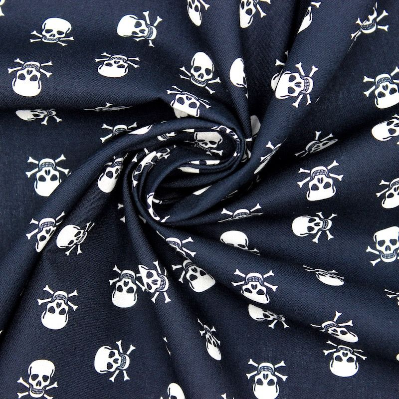 Cotton with skulls - black