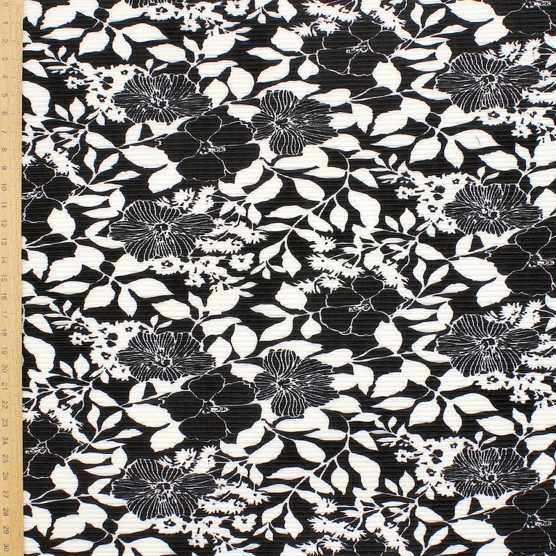 Tissu plissé polyester floral noir et blanc
