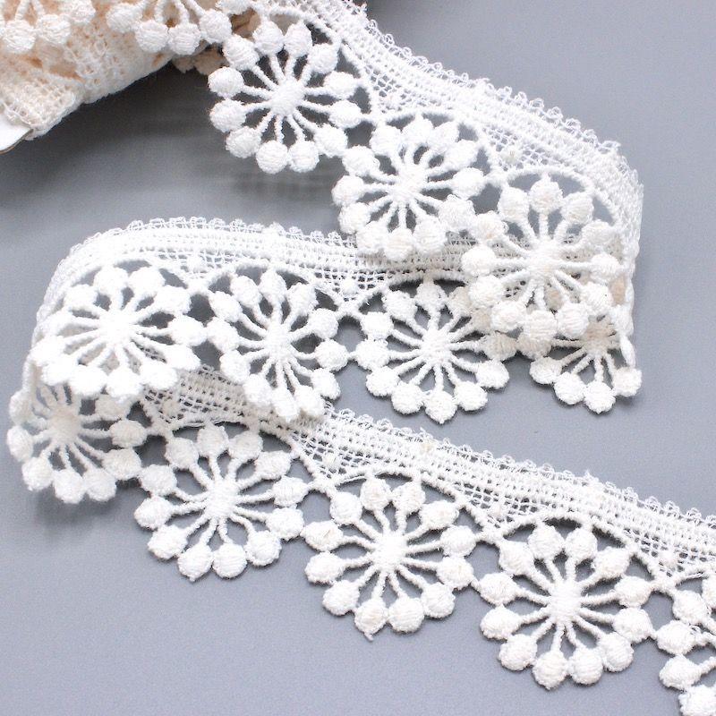 Guipure - white
