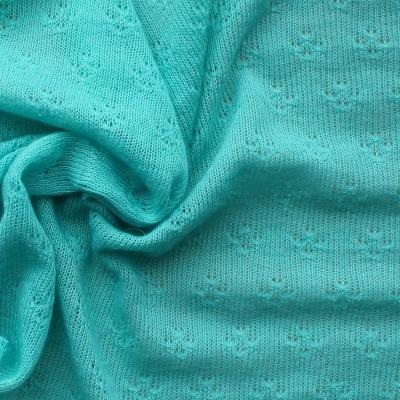 Tissu en maille légère bleue