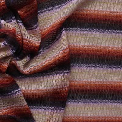 Tissu en maille légère à lignes roses, rouges et mauves