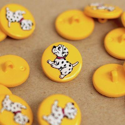 Boutons en résine jaune avec dalmatien