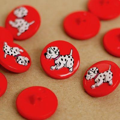Boutons en résine rouge avec dalmatien