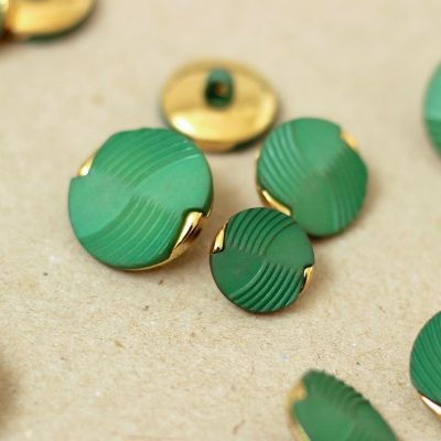 Vintage button - green and gold