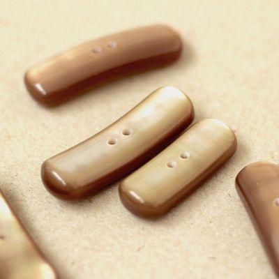 Rechthoekige knoop - parelachtig beige