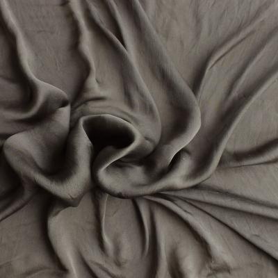 Pongée de soie brune