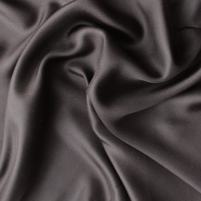 Helder bruine twill zijde stof