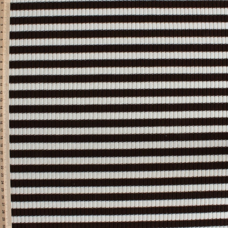 Polyester and elatshanne knitwear with beige and brown lines