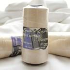 Beige spoel voor naaien en afwerken