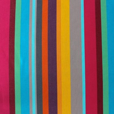 Rode, roze, blauwe, bruine en gele gestreepte dralon stof