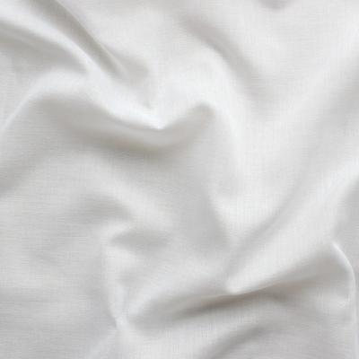 Tissu en voile en coton et polyester blanc