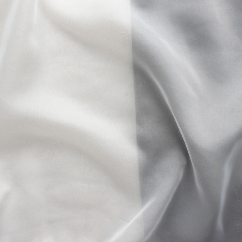 Tissu en voile polyester écru