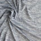 Witte en blauwe gebreide stof uit katoen, polyester en lurex