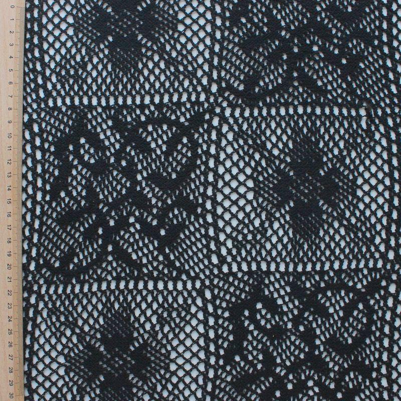 Tissu en crochet noir
