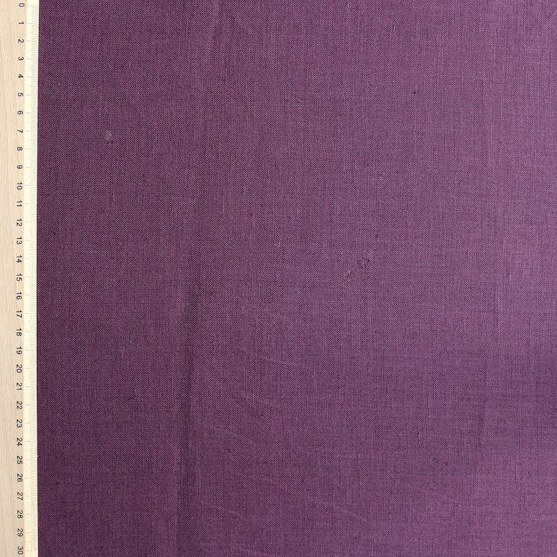 Donkerpaarse linnen stof
