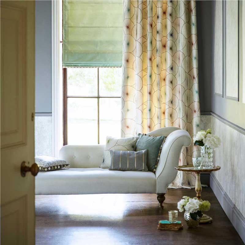 Harlequin-palmetto-Aster-bedroom-curtain.jpg